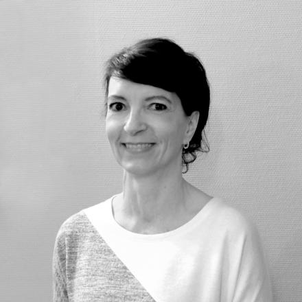 Portrait der Heilpraktikerin Marion Friedl.